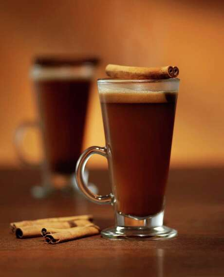 Hot Caramel Buttered Rum made with Ron Abuelo Anejo rum. Photo: Ron Abuelo