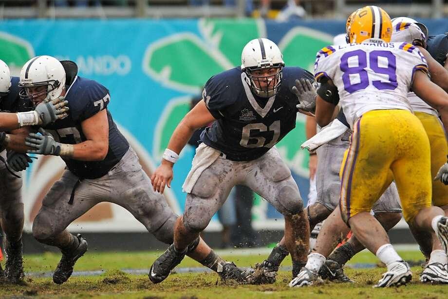 Stefen Wisniewski, No. 61, Penn State, 2010. Photo: Mark Selders, Penn State Athletics