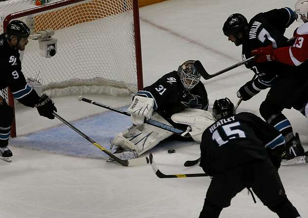 Sharks goalie Antti Niemi saves a goal in the second period against the Detroit Red Wings in game two of the Western Conference semifinals at HP Pavilion on Sunday. Photo: Brant Ward, The Chronicle