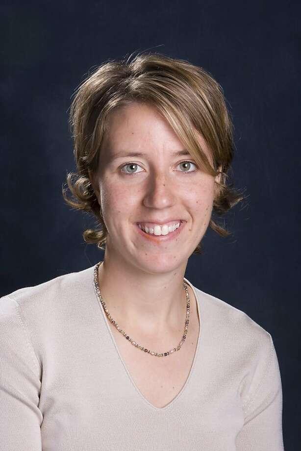 Cal women's basketball coach Lindsay Gottlieb, circa 2008, when she was an associate head coach. Photo: GoldenBearSports.com