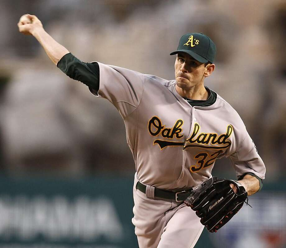Oakland Athletics starting pitcher Brandon McCarthy throws to the Los Angeles Angels during the first inning of a baseball game in Anaheim, Calif., Tuesday, April 26, 2011. Photo: Chris Carlson, AP