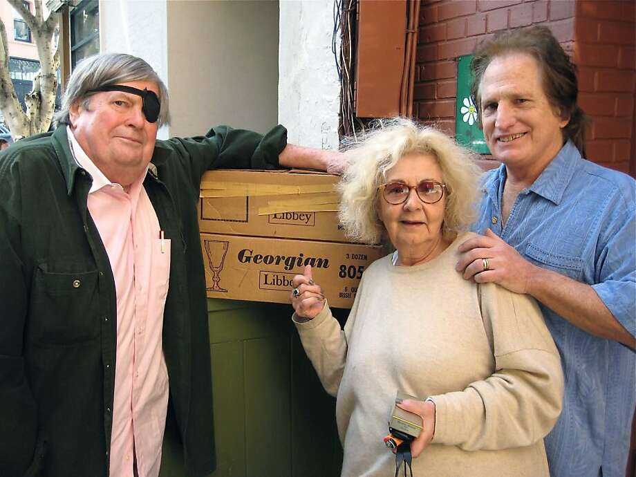 Warren Hinckle (at left) with Jeannette Etheredge and Mike Canellos. April 2011. By Catherine Bigelow. Photo: Catherine Bigelow, Special To The Chronicle