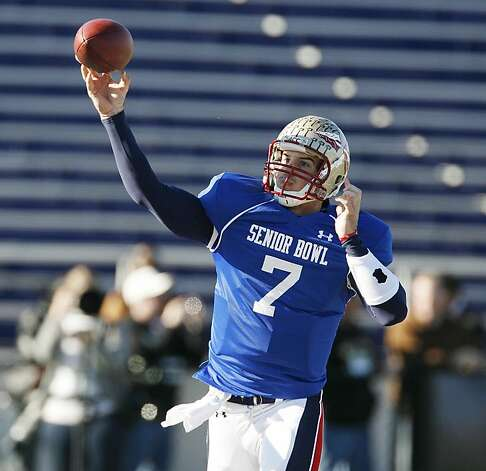 Florida State quarterback Christian Ponder throws during the South  Senior Bowl practice Wednesday, Jan 26, 2011, in at Ladd-Peebles Stadium in Mobile, Al. Photo: Chip English, Special To The Chronicle