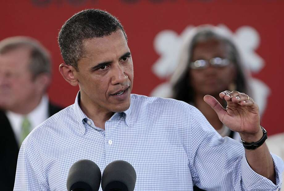 President Barack Obama speaks at the Theodore Staging Area in Theodore, Ala., Monday, June 14, 2010.  It is Obama's third trip to the Gulf coast following the Deepwater Horizon disaster. Photo: Dave Martin, AP
