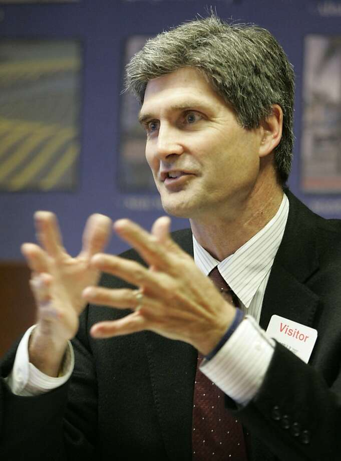 Carl Guardino, president and CEO of the Silicon Valley Leadership Group talks with the Chronicle business reporters at the Chronicle offices on Thursday, April 19, 2007. Photo: Michael Maloney, The Chronicle