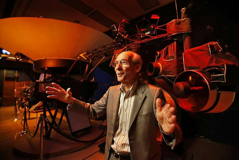 Ed Stone, 75, the longtime lead scientist for the Voyager Mission, is photographed at a replica of the original at the Jet Propulsion Lab in La Canada on February 10, 2011, in Pasadena, California. (Al Seib/Los Angeles Times/MCT) Photo: Al Seib, MCT