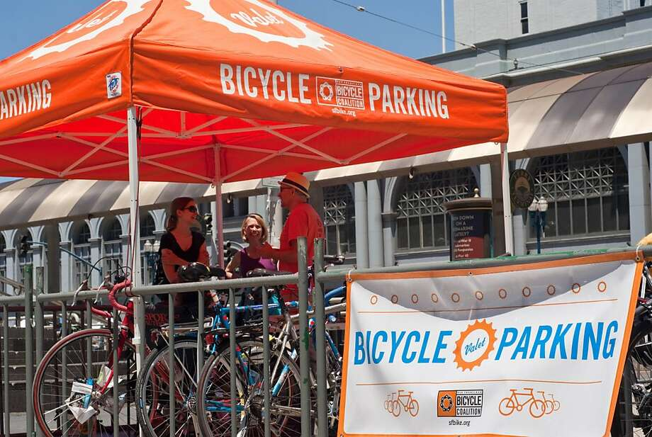 Riders on the Beer and Cheese tour will use the bike valet outside the Ferry Building on Saturdays. Photo: S.F. Bicycle Coalition
