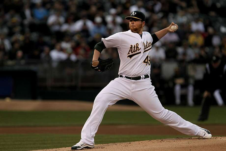 A's starter Brett Anderson pitches against the Boston Red Sox in Oakland on Tuesday. Photo: Michael Macor, The Chronicle