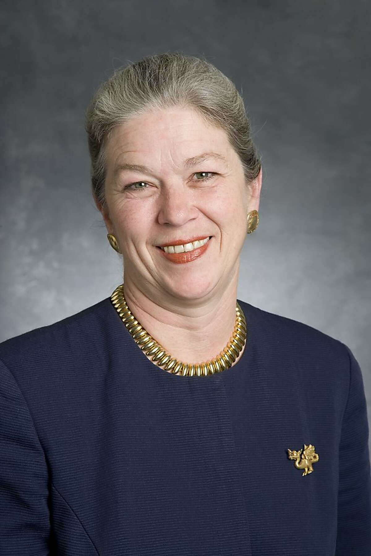 This is a picture of Dorothy Dugger. BART general manager.