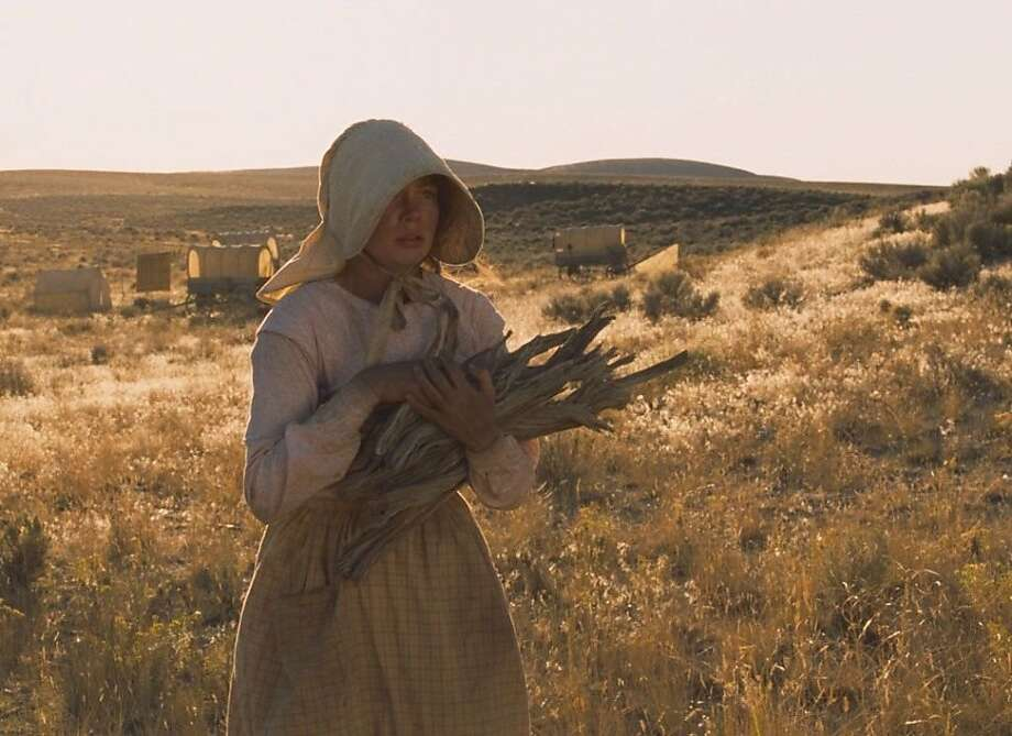 "Michelle Williams in director Kelly Reichardt's ""Meek's Cutoff."" Photo: Oscilloscope Pictures"