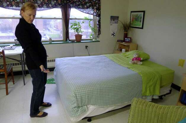 Resident Teresa Grocki talks about the bedbug problem at the Stonequist apartments in Saratoga Springs, NY Wednesday, Dec.7, 2011.( Michael P. Farrell/Times Union archive) Photo: Michael P. Farrell / 100015702A