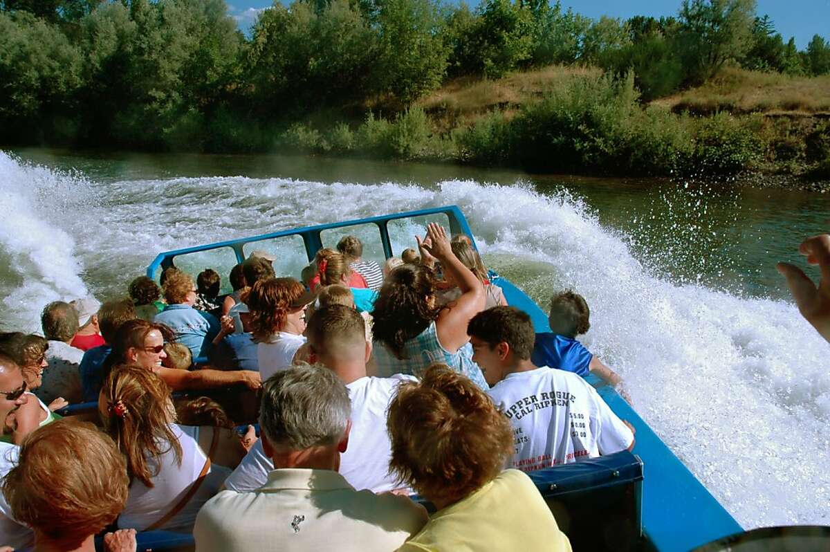 Jet boating on the Rogue River, Oregon.