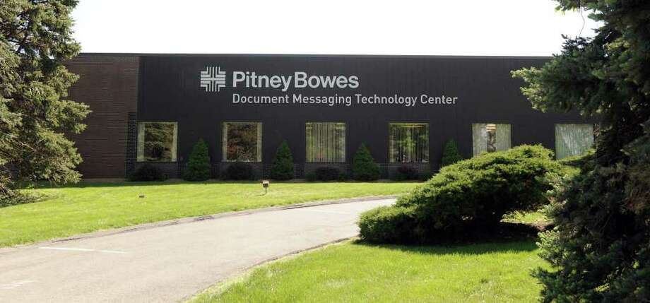 Pitney Bowes, on Executive Drive in Danbury. Photo: Carol Kaliff, ST / The News-Times