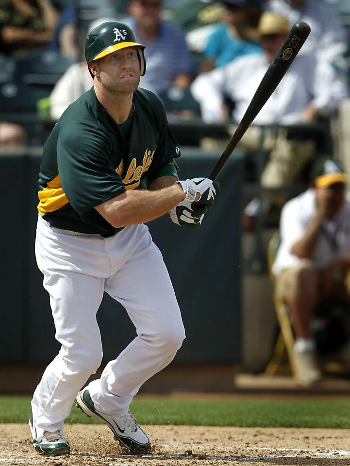 Kevin Kouzmanoff grounds out in the third inning of the A's spring training game against the Chicago White Sox at Phoenix Municipal Stadium on Saturday.