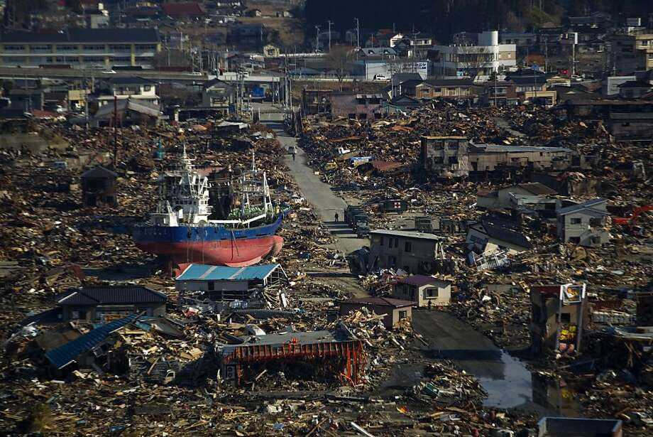A ship sits in a residential neighborhood destroyed in the March 11 earthquake and tsunami in Kesennuma, Miyagi Prefecture, northeastern Japan, Monday, March 28, 2011. Photo: David Guttenfelder, AP