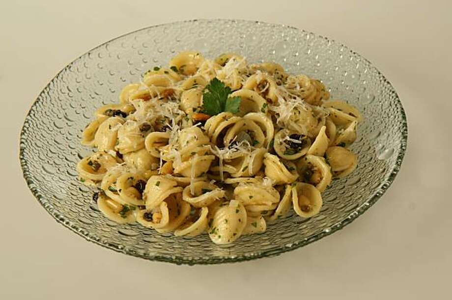 Orrechiette with brown butter, pine nuts, capers and currants photographed Thursday, December 6, 2007 at the San Francisco Chronicle studio. Photo: Thor Swift, SFC