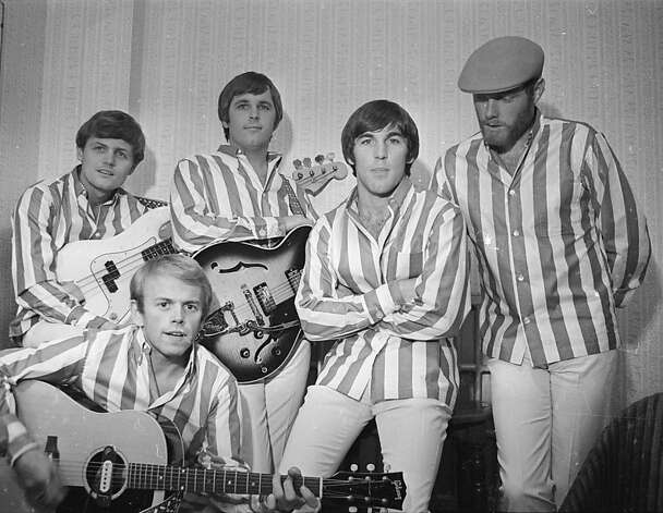 6th November 1966: American rock group The Beach Boys at the Finsbury Astoria. They are, (from left to right) Bruce Johnston, Al Jardine (front), Carl Wilson (1946 - 1998), Dennis Wilson (1944 - 1983), and Mike Love.. Photo: Clive Limpkin