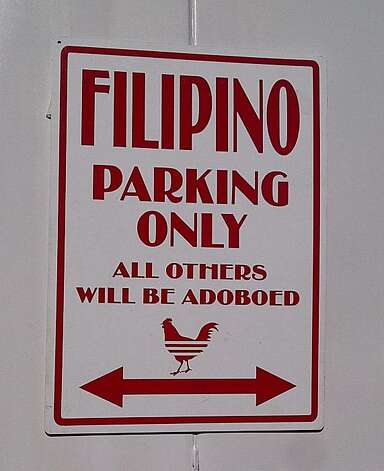 Elena's lunch wagon in Honolulu advertises its Filipino roots. Photo: Jeanne Cooper, Special To SFGate