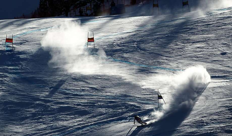 United States' Lindsey Vonn races down the course during women's World Cup super-G ski competition in Beaver Creek, Colo. on Wednesday Dec. 7, 2011. Vonn won the race. Photo: Alessandro Trovati, AP