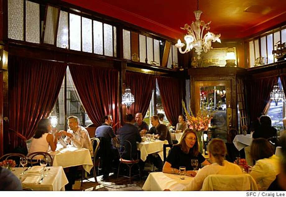 Da Flora restaurant at 701 Columbus Avenue near Filbert is one of the most romantic of the restaurants in North Beach. Photo: Craig Lee, SFC