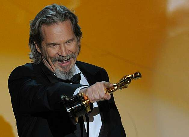 Winner for Actor in a Leading Role Jeff Bridges gives his acceptance speech at the 82nd Academy Awards at the Kodak Theater in Hollywood, California on March 07, 2010. Photo: Gabriel Bouys, AFP/Getty Images