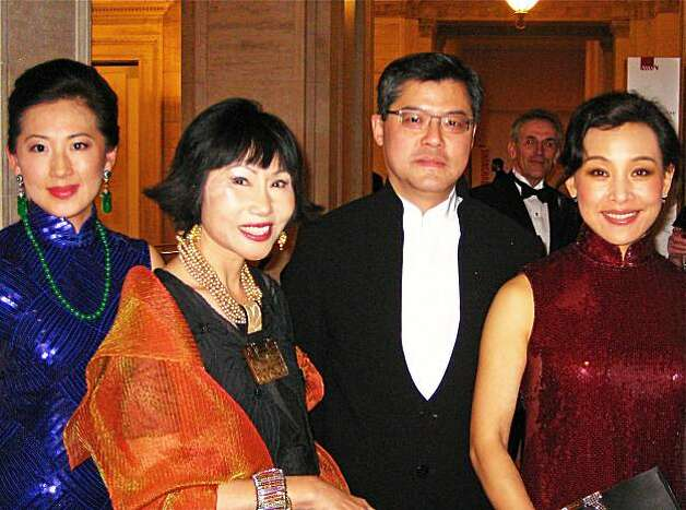 SUB_BIGELOW Gala chairwoman Gorretti Lo Lui (left) with honorary gala co-chair Amy Tan, Asian Art Museum Director Jay Xu and honorary gala co-chair Joan Chen Photo: Catherine Bigelow, Special To The Chronicle