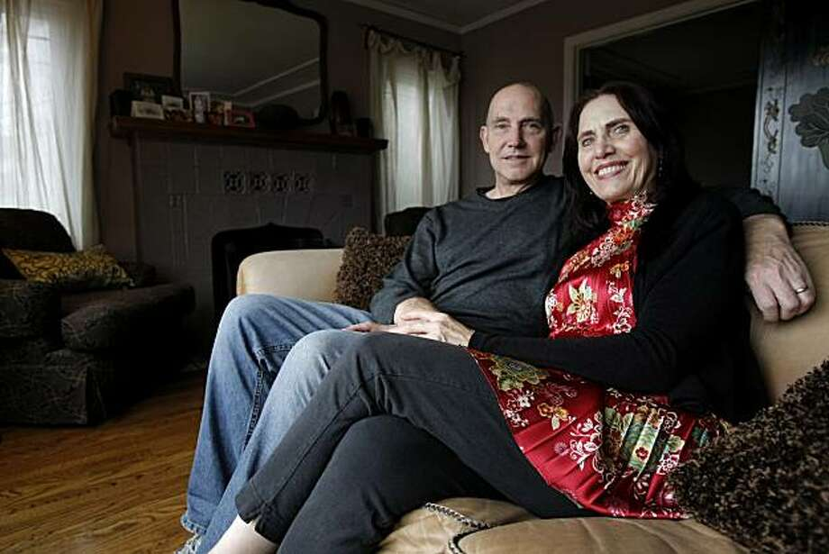 Jim Stetson and Iris Miller Stetson at their home in Oakland, Calif., on Dec. 05, 2010.   Jim Stetson and Iris Miller Stetson met in their 20s and have been married now for 17 years. Photo: Michelle Gachet, The Chronicle