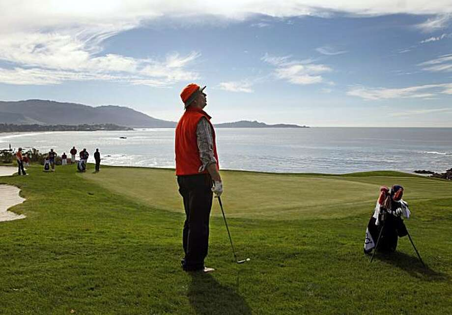 Bill Murray prepares to chip onto the eighth green at the AT&T National Pebble Beach Pro-Am on Sunday. Murray and his partner, D.A. Points, won the amateur team event and Points was the winner of the pro side. Photo: Lance Iversen, The Chronicle