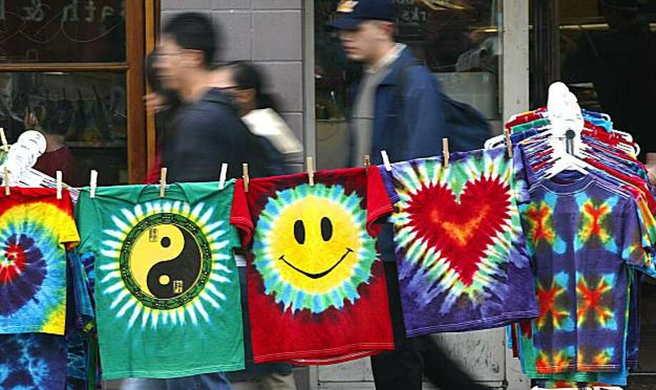 STREETS16N-C-30JAN03-LV-MAC    Tye Dye still very prominent along Telegraph at one of the vendor's stands. Shopping on Telegraph Ave. in Berkeley. The feel of the street with all it's shop owners and vendors.     by Michael Macor/The Chronicle Photo: Michael Macor, SFC