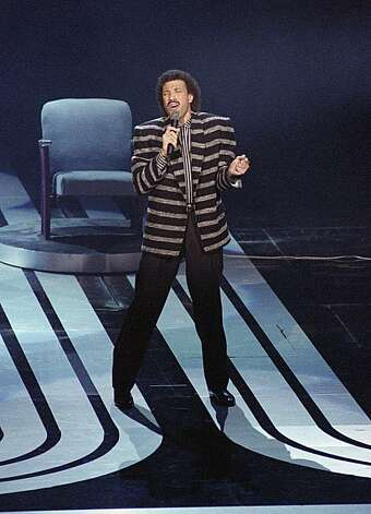 "Singer Lionel Ritchie, performs  his song ""Say Me, Say Yoy"" at the Academy Awards Ceremony, in Los Angeles on March 25, 1986. Ritchie won  the best song Oscar. .(AP Photo/Reed Saxon) Photo: Reed Saxon"