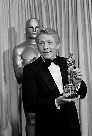 Entertainer Danny Kaye proudly holds his Oscar he was awarded Monday night during the Academy Awards in Los Angeles, March 30, 1982. Kaye was honored with the Jean Hershold Humanitarian Award for his many outstanding contributions. (AP Photo)
