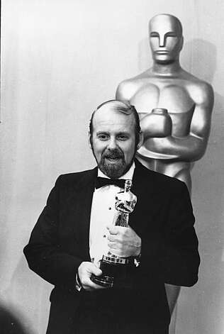 "Bob Fosse holds his Oscar at the 45th Annual Academy Awards in Hollywood, Ca., on March 27, 1973.  Fosse won best director for the movie ""Cabaret.""  (AP Photo)"