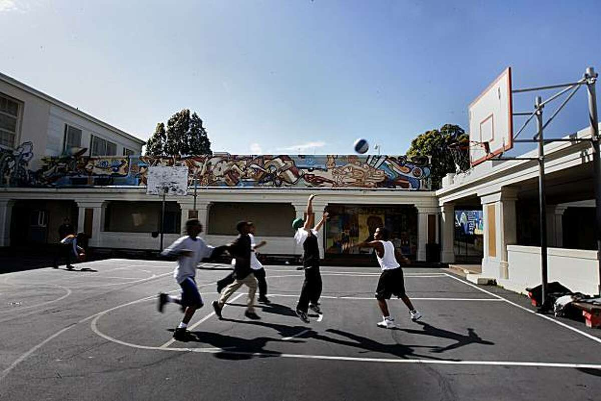 Seventh- and eighth-graders during physical education class at Horace Mann Middle School in the Mission in San Francisco, Calif., on Monday, March 8, 2010.