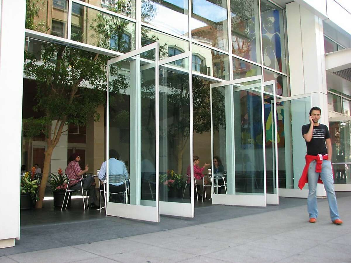 101 Second St., a tower from 1999 designed by SOM, is a modern addition to the neighborhood around Second and Mission streets. It includes an enclosed corner plaza that is privately owned, but with a genuinely public feel.