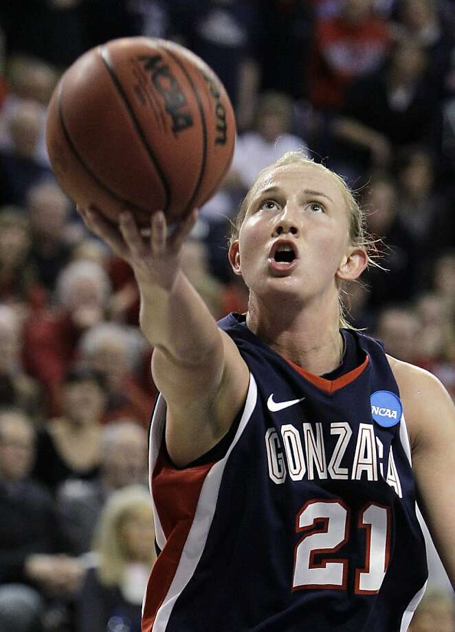 Gonzaga's Courtney Vandersloot drives against UCLA during the second half of their second-round game of the NCAA women's college basketball tournament Monday, March 21, 2011, in Spokane, Wash. Vandersloot scored 29 points and had 17 assists as Gonzaga won 89-75. Photo: Elaine Thompson, AP