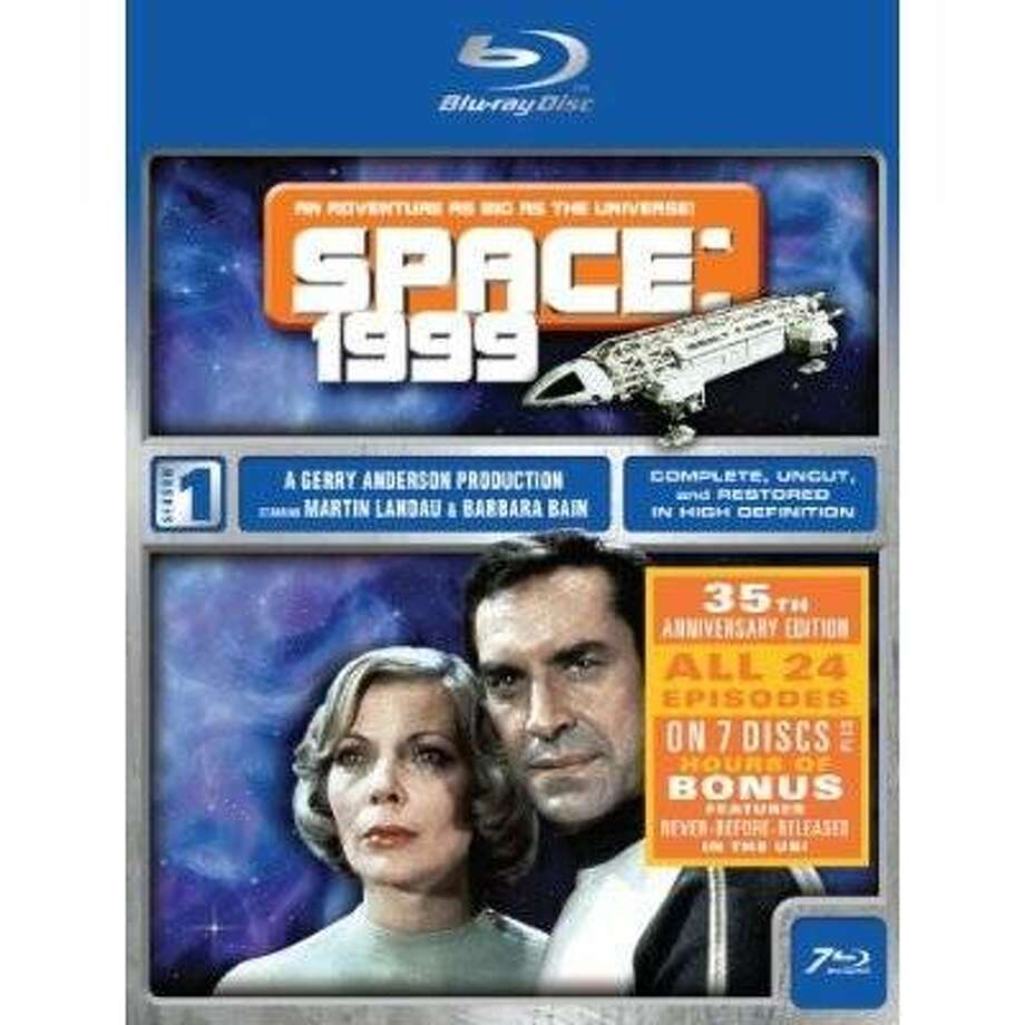dvd cover SPACE 1999: SEASON ONE Photo: Amazon.com