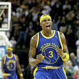 Golden State Warriors Al Harrington (3) reacts when the Warriors pulled ahead with just 55.6 seconds to go in the game against the Washington Wizards at Oracle Arena in Oakland, CA on Monday, February 11. 2008. The Warriors won 120-117.
