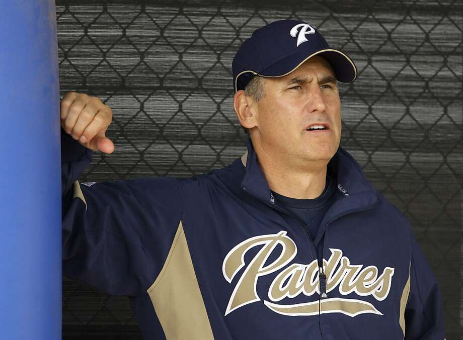 San Diego Padres manager Bud Black watches his players during baseball spring training Monday, Feb. 16, 2009 in Peoria, Ariz. (AP Photo/Charlie Riedel) Photo: Charlie Riedel, AP