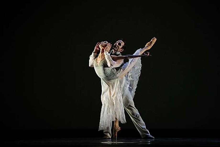 Yuan Yuan Tan and Damian Smith in Christopher Wheeldon?s Ghosts (?Erik Tomasson Photo: (©Erik Tomasson