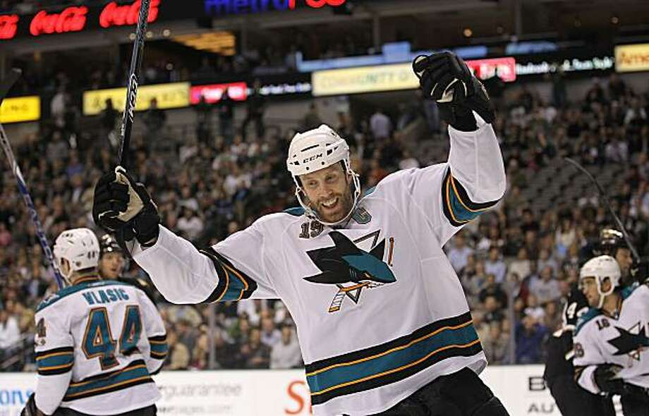 DALLAS, TX - MARCH 15:  Center Joe Thornton #19 of the San Jose Sharks celebrates a goal against the Dallas Stars at American Airlines Center on March 15, 2011 in Dallas, Texas. Photo: Ronald Martinez, Getty Images