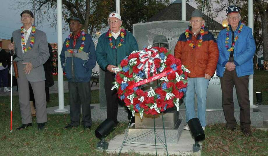 World War II veterans honored during Pearl Harbor Day celebration at Jasper County Courthouse square. Photo: Jimmy Galvan/Jasper Newsboy