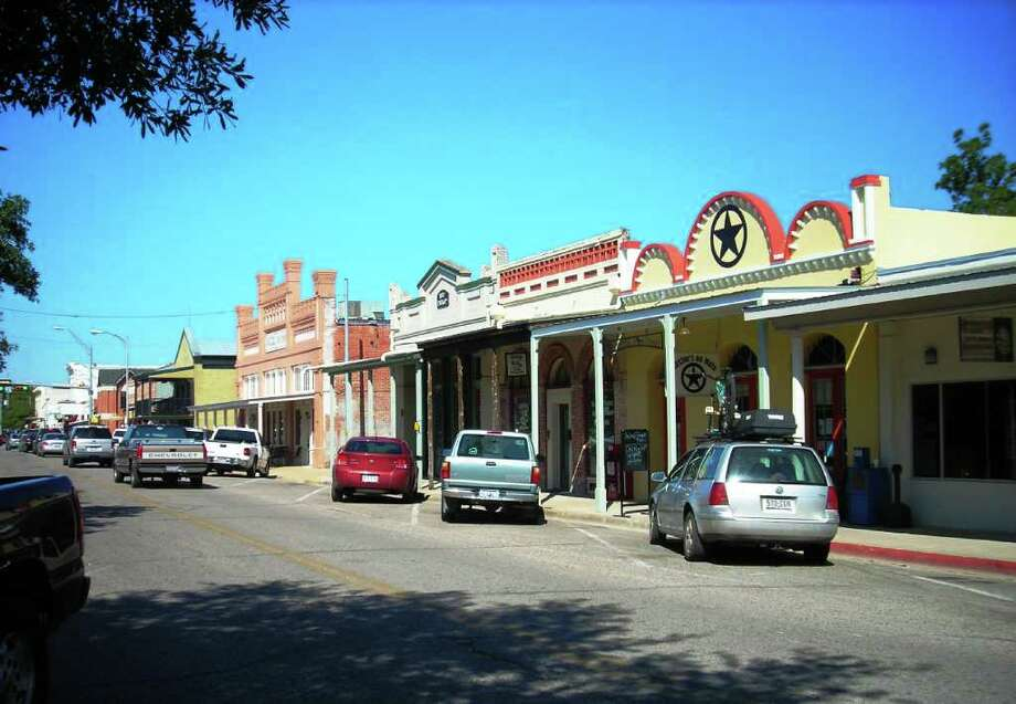 Bastrop, Texas, is a great place for holiday shopping. Photo: Bastrop CVB