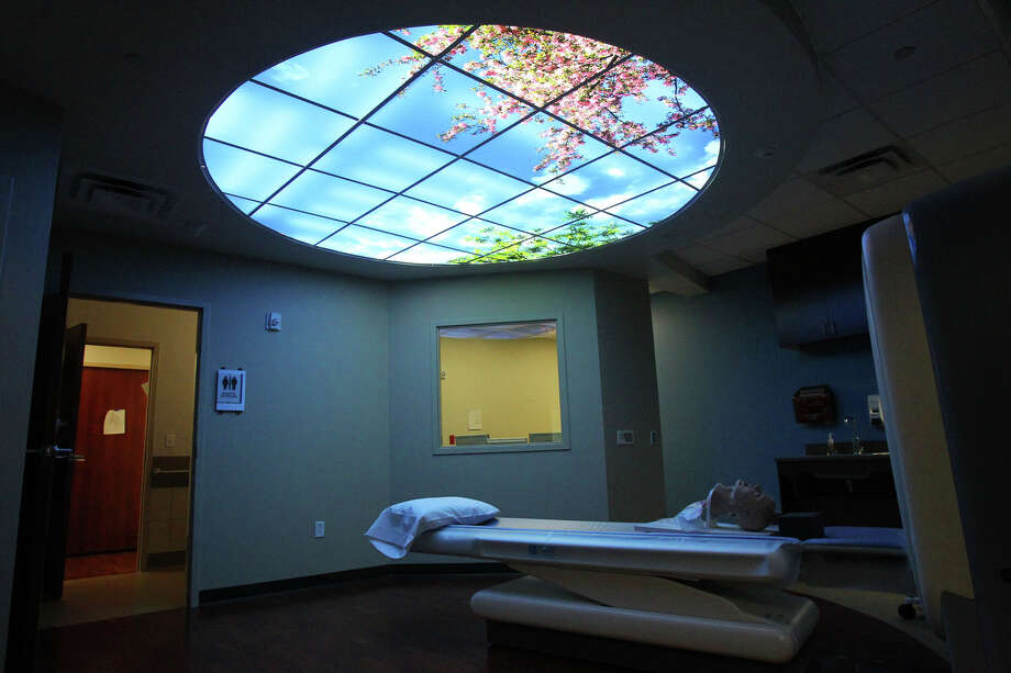The CT scan room at the new Baptist Emergency Hospital at 16088 San Pedro has a faux view of the sky to help relax patients. The new hospital will open Friday December 9, 2011. JOHN DAVENPORT/jdavenport@express-news.net Photo: JOHN DAVENPORT, SAN ANTONIO EXPRESS-NEWS / SAN ANTONIO EXPRESS-NEWS (Photo can be sold to the public)