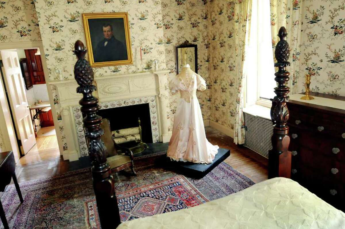 The lady's bedroom in Ten Broeck Mansion in Albany. (Cindy Schultz / Times Union archive)