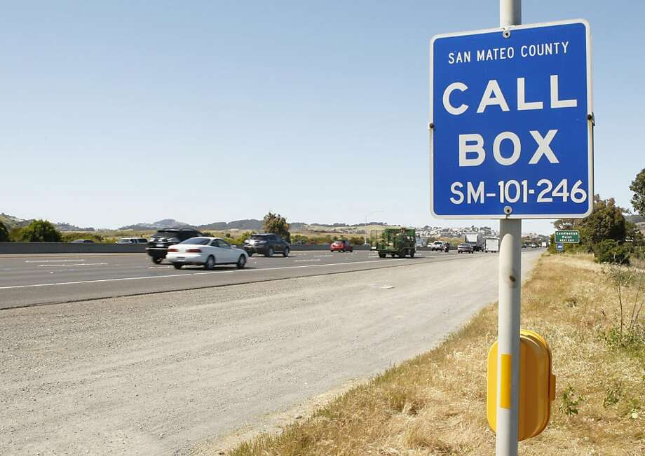 Cars whiz past a call box alongside freeway 101 in San Mateo County Calif, on Friday, April 29, 2011. Photo: Alex Washburn, The Chronicle