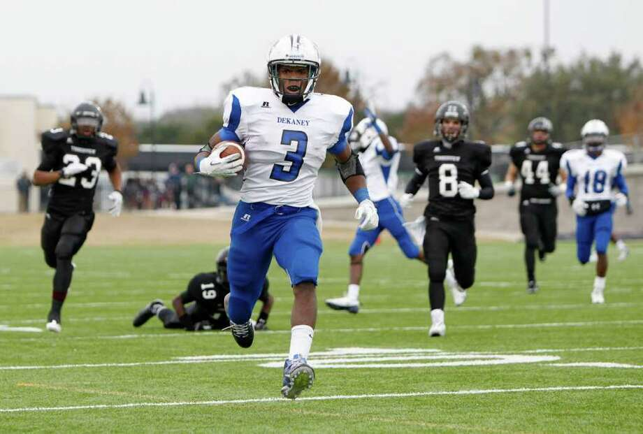 12/10/11 -  Dekaney running back Trey Williams (3) brings in a first half touchdown run against Mansfield Timberview in the UIL 5A Division II semifinals Round Rock, Texas Saturday December 10, 2011. (Erich Schlegel/Special Contributor) Photo: Erich Schlegel, Houston Chronicle / ©2011 Erich Schlegel