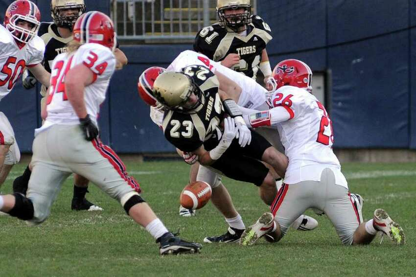 Highlights from CIAC Class L boys football championship action between New Canaan and Daniel Hand in East Haven, Conn. on Saturday December 10, 2011.
