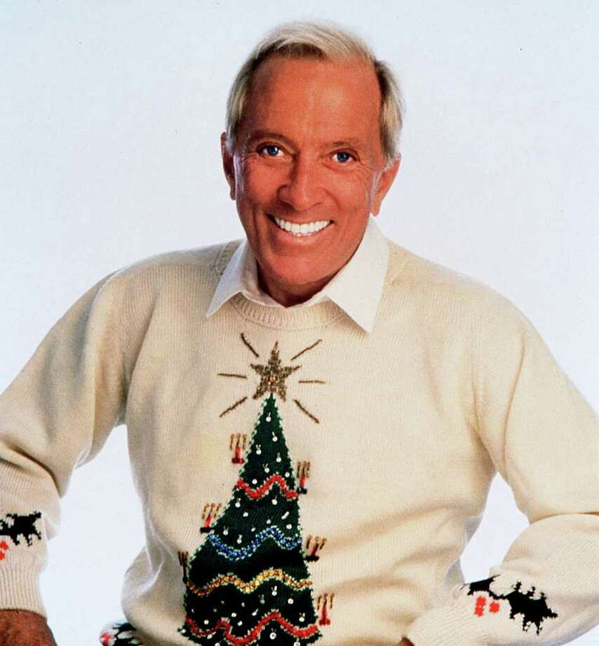 KNIGHT RIDDER TRIBUNE TV TRADITION: Crooner Andy Williams knew how to rock a  Christmas sweater. Photo: HANDOUT / CHICAGO TRIBUNE