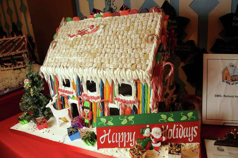 One of the decorated gingerbread houses. Photo: Dave Rossman / © 2011 Dave Rossman