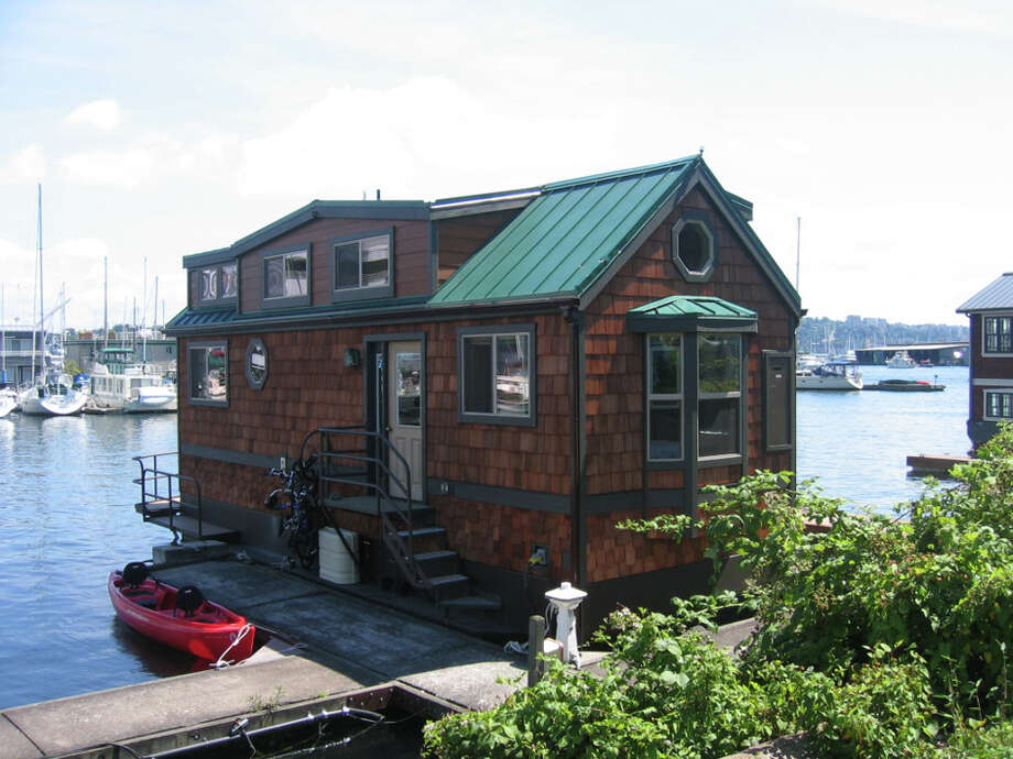 Here's another potentially illegal houseboat on Lake Union. The city says this houseboat is likely 